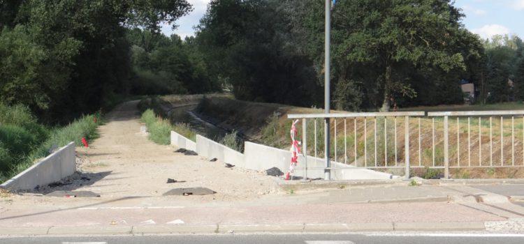 """Bijsturen bestaande plannen """"fietsostrade"""" om veiligheid te verhogen."""
