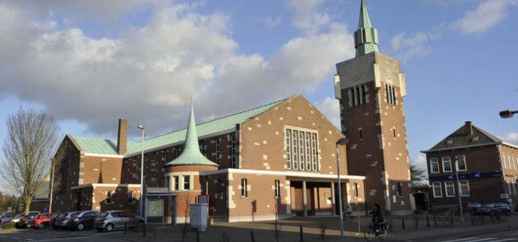 Bijkomende parkeerplaatsen op kerkplein Hofstade